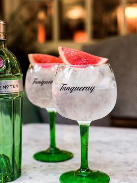 Gizzi Erskine's #TanquerayTenTable